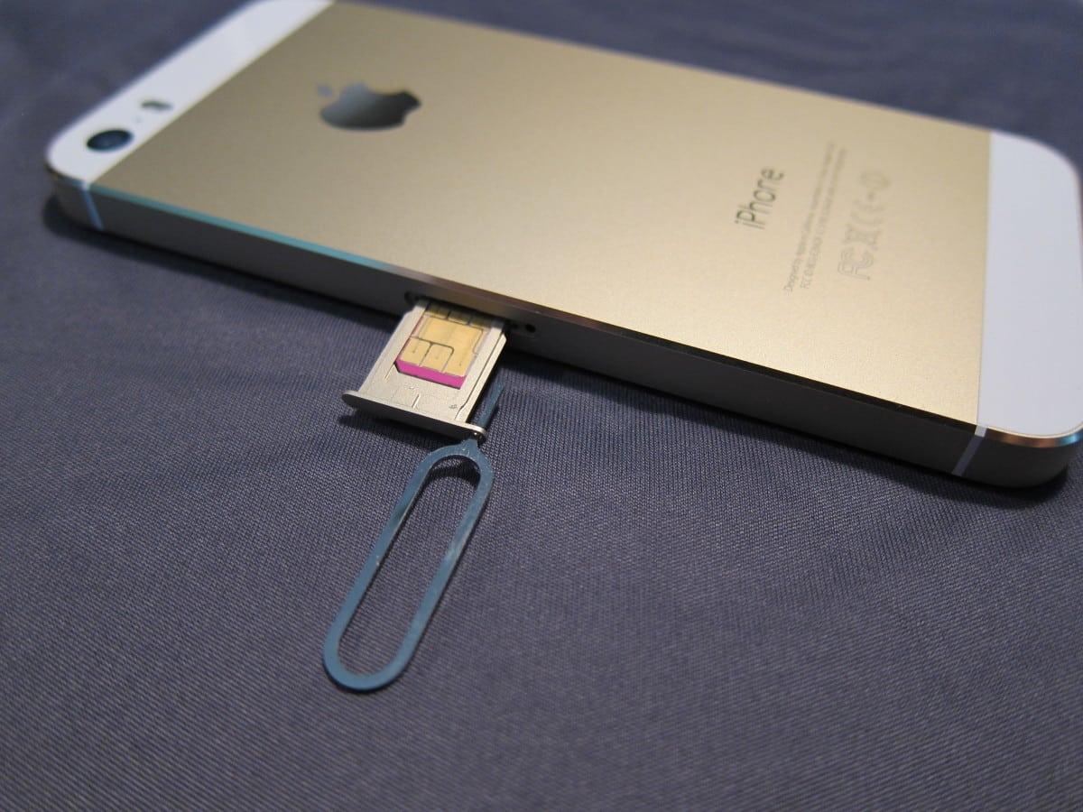 iPhone Not Recognizing SIM Card Error